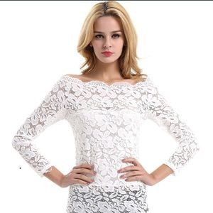🎀Sale! 🎀 Sexy and elegant white lace top!